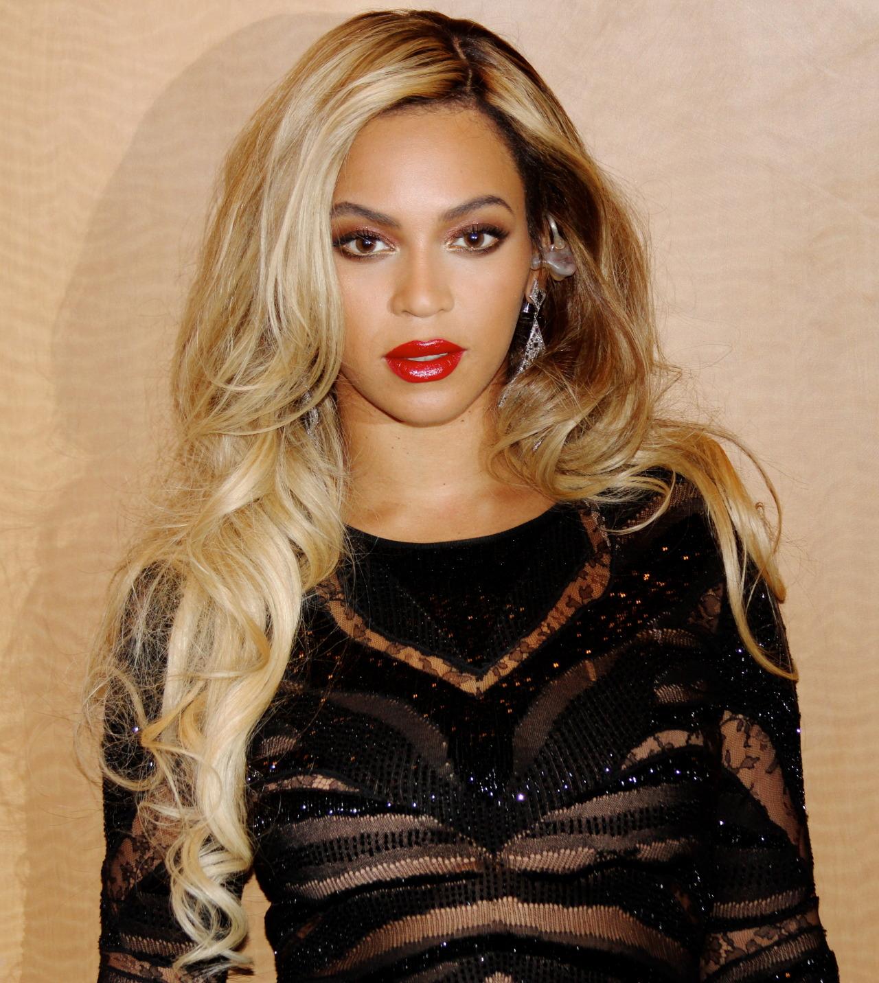Beyoncé - Twitter (@Beyonce), Instagram (Baddiebey), Tumblr (I Am...) [II] - Página 2 Tumblr_n0i2rd8F5p1rqgjz2o1_1280