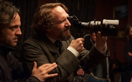 invisible - The Invisible woman : un nouveau biopic sur Charles Dickens (Ralph Fiennes) - Page 3 Tumblr_mzo3ej2ZWR1t0xbydo1_500
