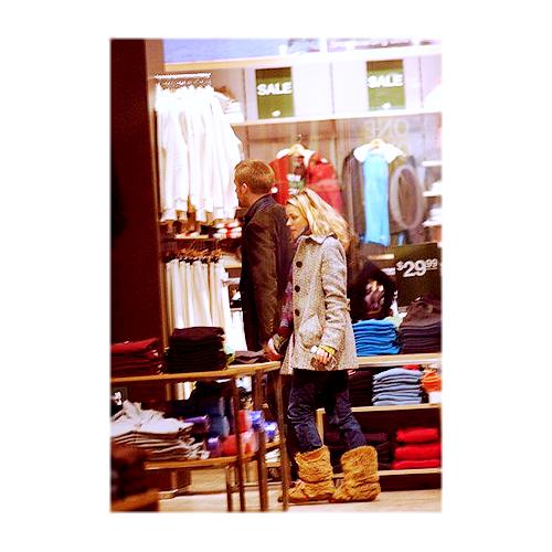 Rachel McAdams & Ryan Gosling. - Page 3 Tumblr_l688hza8Ve1qc4bg8o1_500
