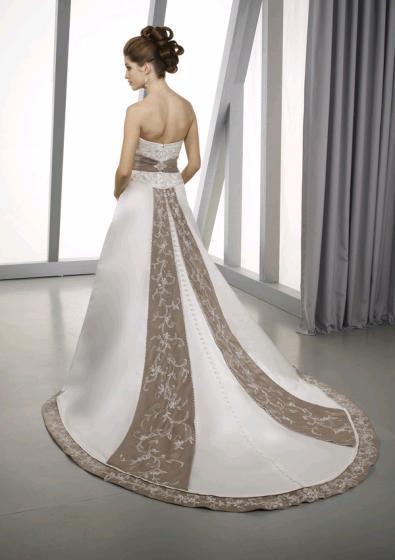 Wedding Dresses. Tumblr_lap4mn2w0C1qausdfo1_400