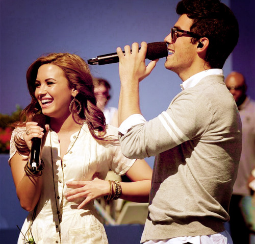 Joe Jonas and Demi Lovato. - Page 4 Tumblr_lffrtfvcVZ1qdxgc6o1_500