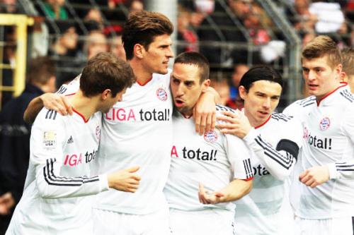 FC.Bayern München. - Page 3 Tumblr_libdgpbOjW1qbxb4go1_500