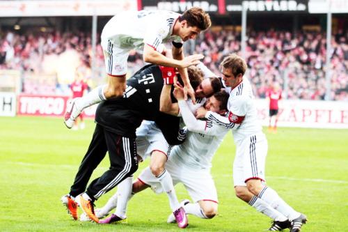 FC.Bayern München. - Page 3 Tumblr_licbcj2Jqr1qbxb4go1_500