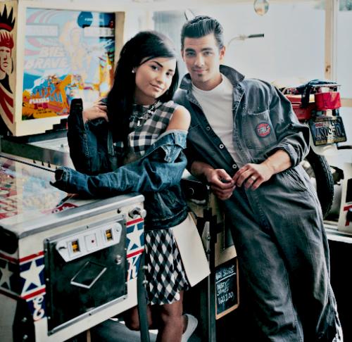Joe Jonas and Demi Lovato. - Page 3 Tumblr_ljhrp54Thp1qhkwj9o1_500