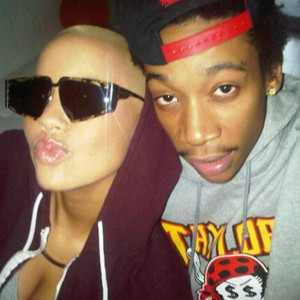 Wiz Khalifa and Amber Rose. - Page 2 Tumblr_lkn99c6IOf1qicqy7o1_400