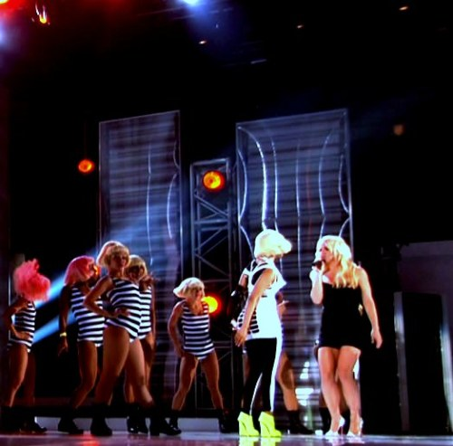 Nicki Minaj » Nominaciones, premios, récords...  - Página 2 Tumblr_llm829t7Fr1qfti32o1_500