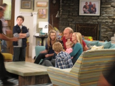 Good Luck Charlie  - Page 8 Tumblr_llzk97Fmg51qkr7eqo1_400