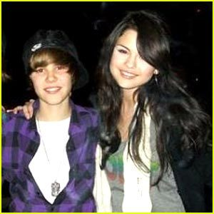 Justin Bieber and Selena Gomez - Page 5 Tumblr_lmh84xPtih1qkfv7uo1_400