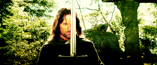 Lord of the Rings. - Page 38 Tumblr_lnbyse0ZGr1qed5gvo1_500