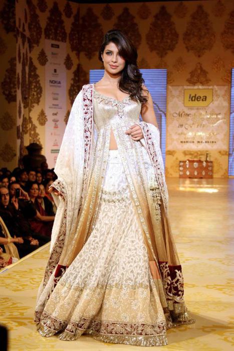 Priyanka Chopra - Stránka 3 Tumblr_lohwcoVkhd1qcf1k5o1_500