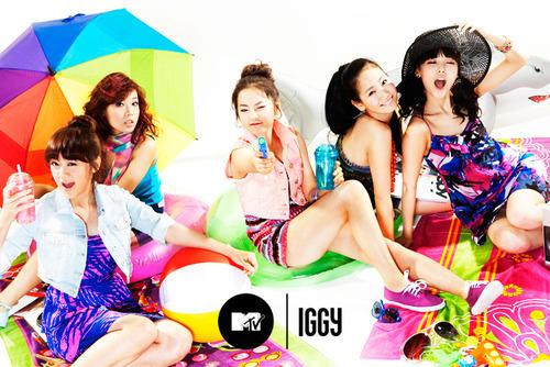 خبر : WGs من التوب الـ100 في قائمة billboard YouTube لأفضل الأغاني عالميآ .. أنجاز ~ Tumblr_luxv9m9yFU1qaof1ho1_500