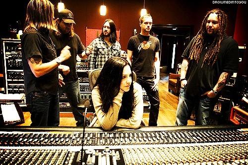 Evanescence - Page 2 Tumblr_lvrhhum8Ec1r5pqjno1_500