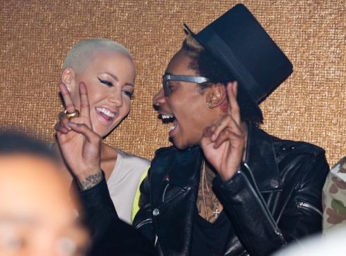 Wiz Khalifa and Amber Rose. Tumblr_lyv5p3Lllo1qlu5cao1_500