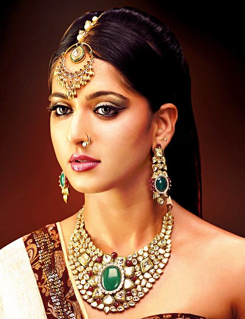 Anushka Shetty Tumblr_m19cu7DTYn1r00jw4o1_500