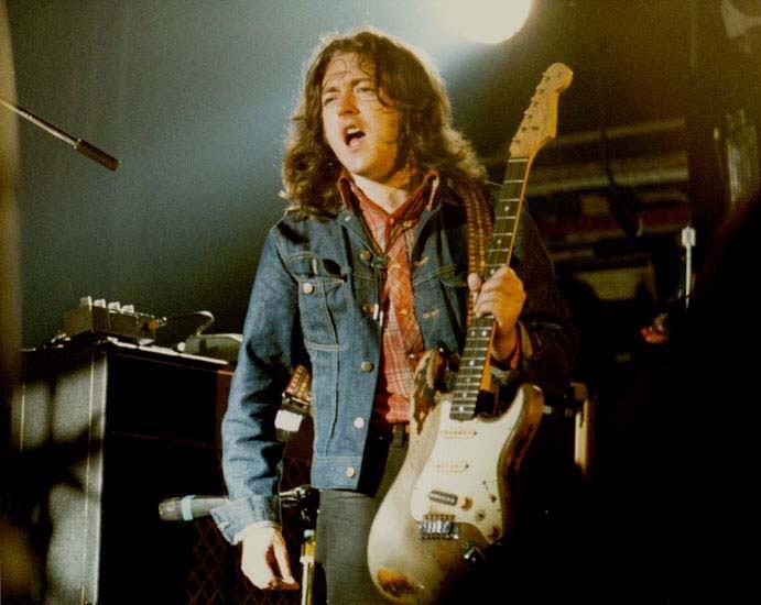 Fender Stratocaster 1961 - Page 8 Tumblr_m1m7161anJ1qhcgc4o1_1280