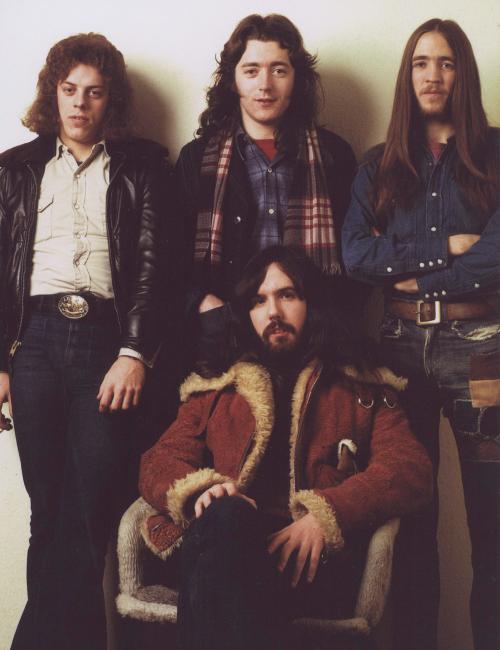 Rory Gallagher Band Mk 2 (1972-1978) - le quartette - Page 2 Tumblr_m28ejr2AUL1qabff2o1_500