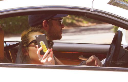 Miley Cyrus and Liam Hemsworth. - Page 7 Tumblr_m2q3bkoU1Y1qmkzgwo1_500