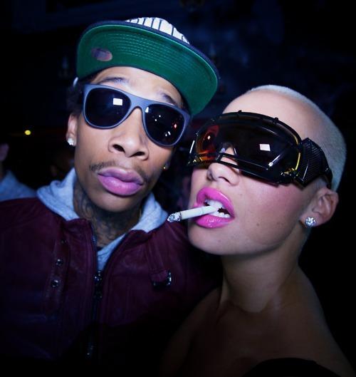 Wiz Khalifa and Amber Rose. Tumblr_m2xejaEXnu1rqat97o7_500