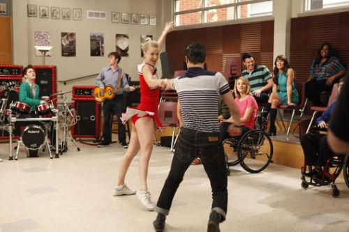 Capitulo 3x17 - Dance With Somebody (24/Abril) - Página 8 Tumblr_m3120mJn6u1qj5p41o1_500
