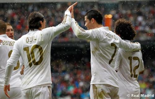 Real Madrid [3]. - Page 37 Tumblr_m38pp3xFtk1rsq98wo1_500