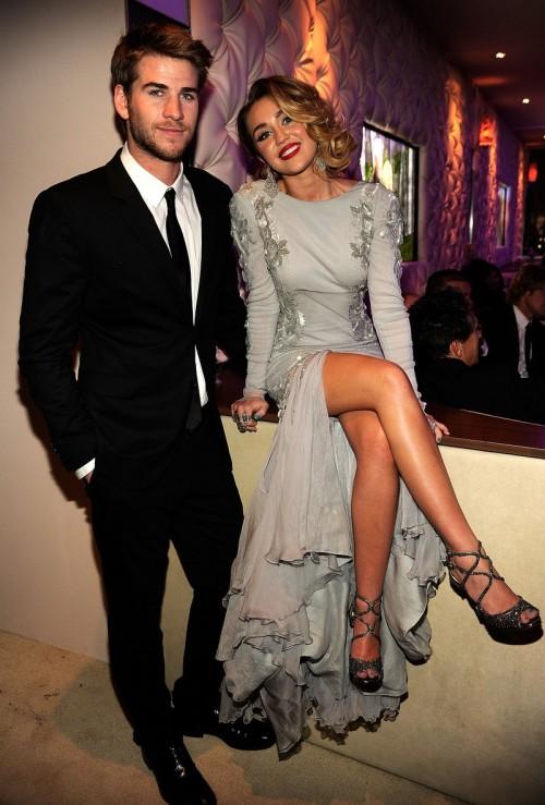 Miley Cyrus and Liam Hemsworth. - Page 7 Tumblr_m3iu6cxjOS1qg6ne3o1_500