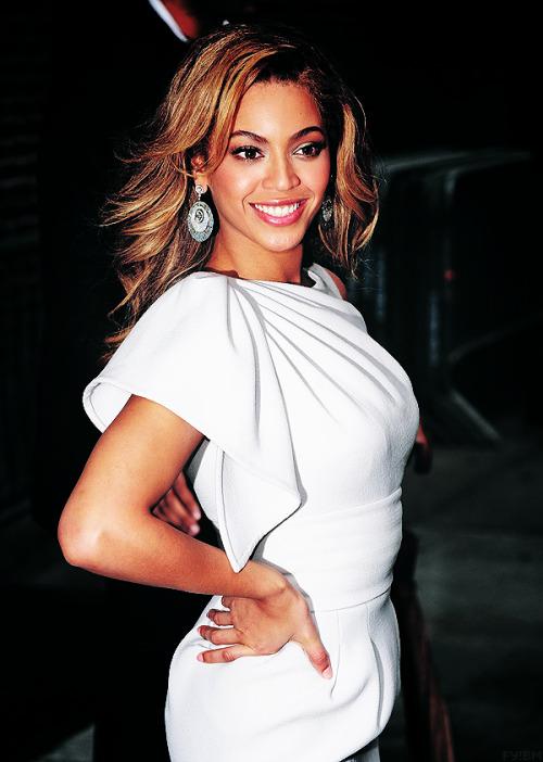 Beyonce[2] - Page 39 Tumblr_m67cctZbbs1r7qp5so1_500
