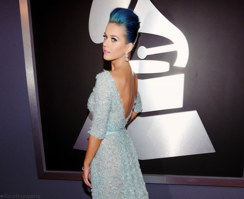 Katy Perry - Page 40 Tumblr_m7dm8ceAxN1qzbagvo1_500