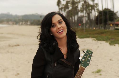 Katy Perry - Page 38 Tumblr_m7muubE76u1rz63tko1_500