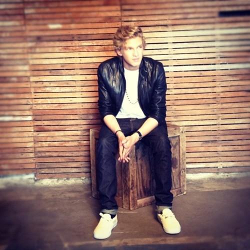 Cody Simpson.[2] - Page 39 Tumblr_m7xip2SGTp1rcyxnmo1_500