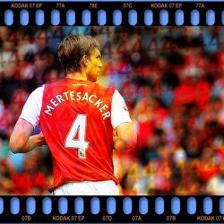 FC. Arsenal Tumblr_m7znyxNgzC1ropibbo4_250