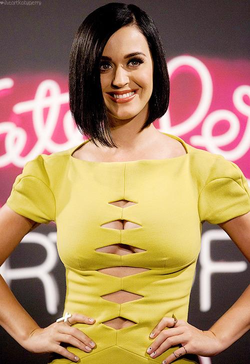 Katy Perry - Page 39 Tumblr_m81edsGVAL1qzbagvo1_500