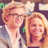 Cody Simpson. - Page 40 Tumblr_m86zvnsDcm1rcdqm5o1_250