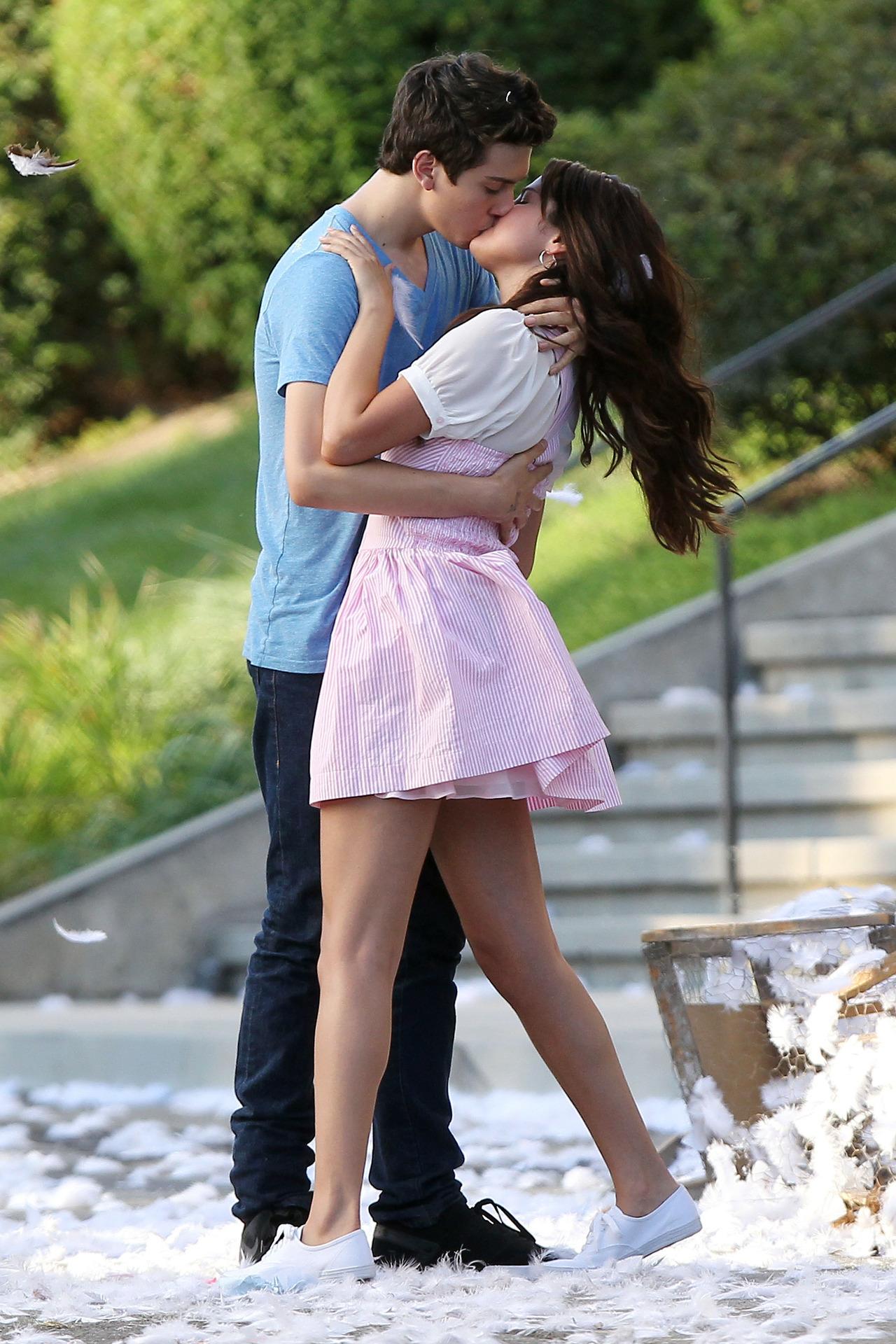 Selena Gomez[5] - Page 5 Tumblr_m8lcwlWFP81rq31q9o4_1280