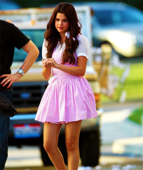 Selena Gomez[5] - Page 5 Tumblr_m8lqrnsy3z1qe4rlzo1_500