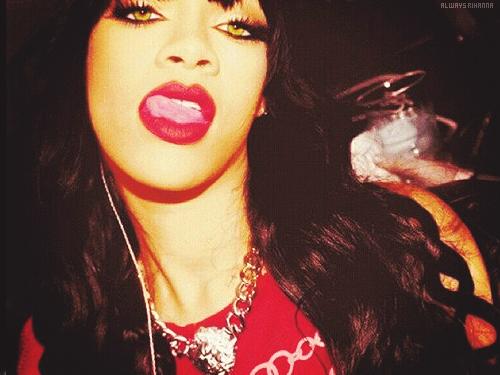 Rihanna. [2] Tumblr_m8m7qgU2WP1qksiumo1_500