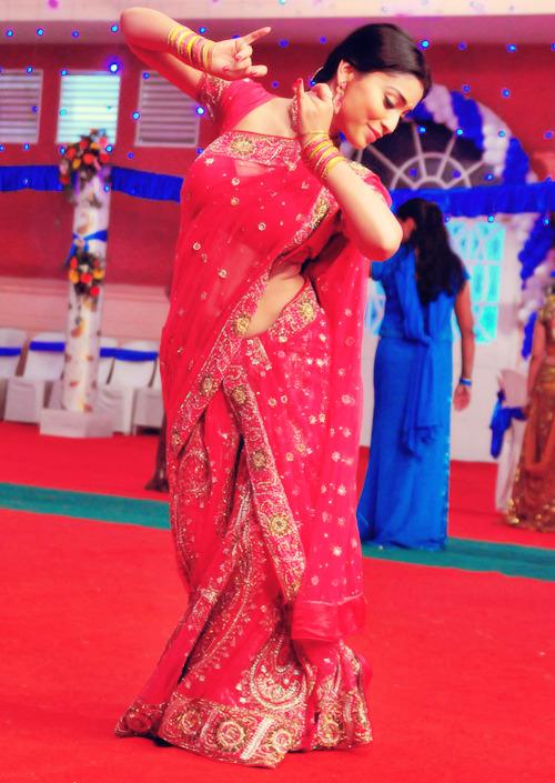 Shriya Saran - Stránka 5 Tumblr_ma729uI8iX1r00jw4o1_500
