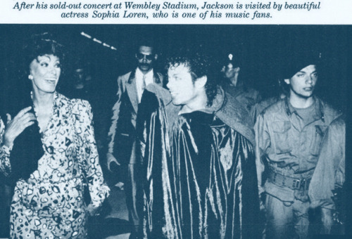 Michael Jackson Com Famosos Tumblr_maa7w8kaQR1qcqvito1_500