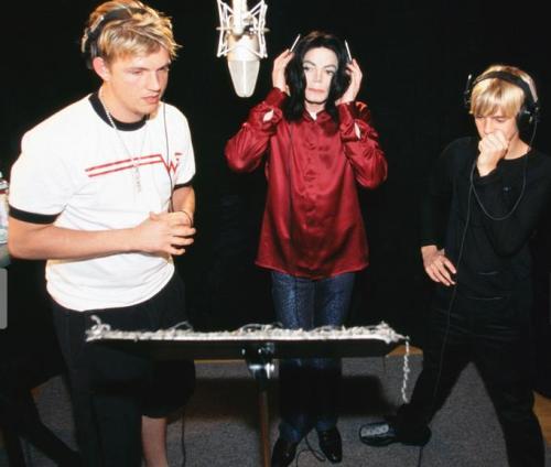 Michael Jackson Com Famosos Tumblr_mb7vbxePbV1rfr0wno2_500