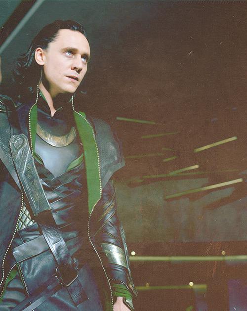 Kedvenc képeink Lokiról - Page 5 Tumblr_mc2sxvjrX31qdkncmo1_500