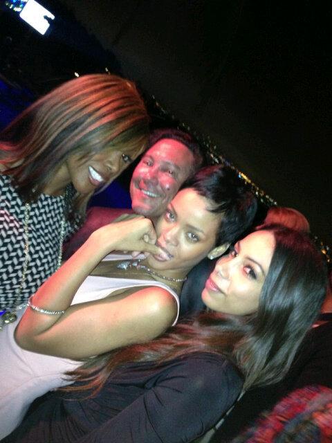 Rihanna. [2] - Page 5 Tumblr_mc9d7ukYEe1r71wm1o1_500