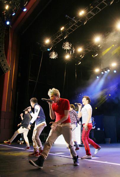 One Direction[2] - Page 40 Tumblr_mcipfoHdS41r1tckjo1_500
