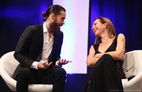 Jared récompensé par l'UNESCO Tumblr_mcl52aPfYe1qc5nplo1_500