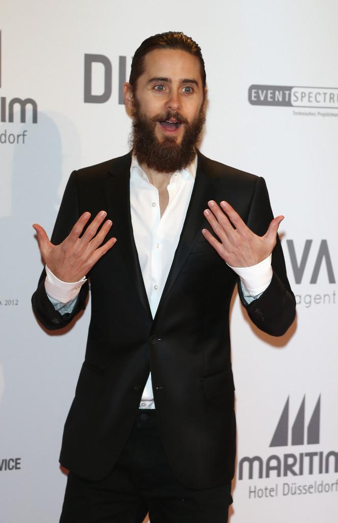 Jared récompensé par l'UNESCO Tumblr_mcl64dvLpk1qc5nplo1_1280