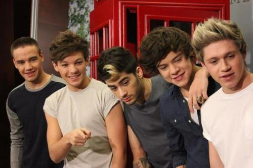 One Direction[3] Tumblr_mcsq5gBlvh1re98ito1_500