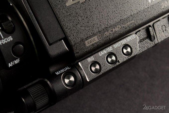 SONY FDR-AX100 - ретро внешность и современная начинка 1402462931_24gadget-sony-fdr-ax100-expbtns-1500x1000
