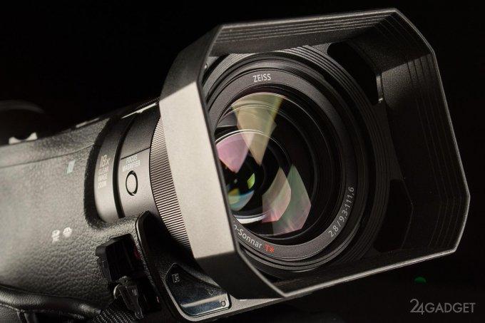 SONY FDR-AX100 - ретро внешность и современная начинка 1402462945_24gadget-sony-fdr-ax100-lens1-1500x1000