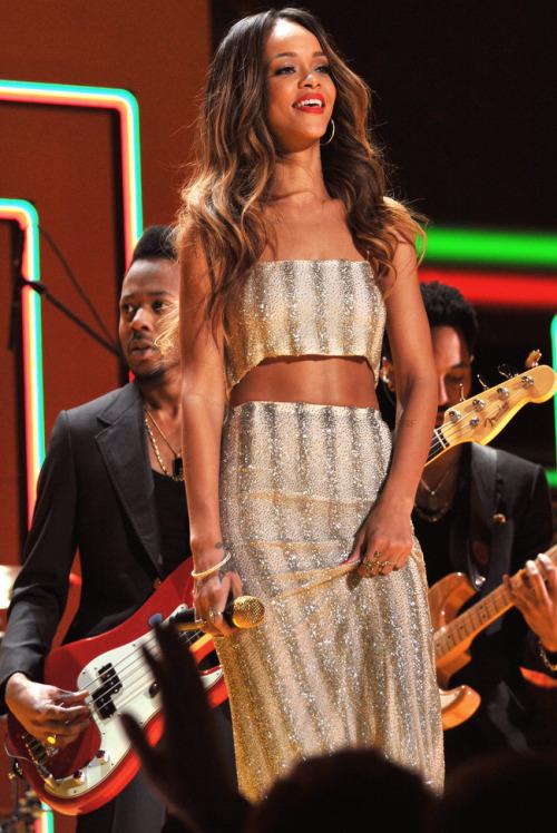 Rihanna. [2] - Page 6 Tumblr_mi1j0rbSpV1ro1dyeo1_500