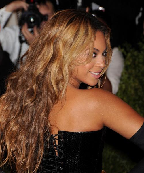 Beyoncé > Apariciones en público <Candids> [III] - Página 3 Tumblr_mmozs6bUd21ry0gfbo1_500