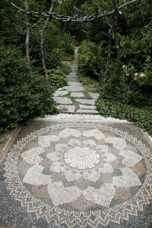 obelisks: I am deffs having a mosaic lotus patio when i have a house.