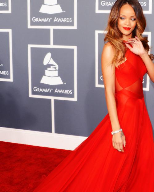 Rihanna. [2] - Page 6 Tumblr_mi38tjh2Ve1ro1dyeo1_500